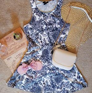 Medium Romantic Toile empire waist midi H&M dress